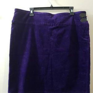 Womans corduroy skirt